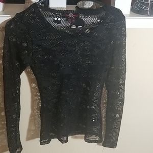 Skull fishnet long sleeve